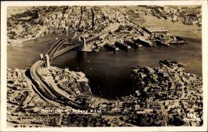 Ak Sydney New South Wales Australien, Aerial View, Fliegeraufnahme, Sydney Harbour Bridge