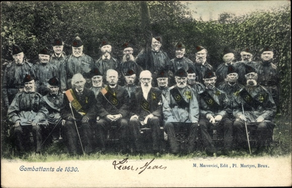 Ak Combattants de 1830, Gruppenbild, Veteranen, Belgische Revolution