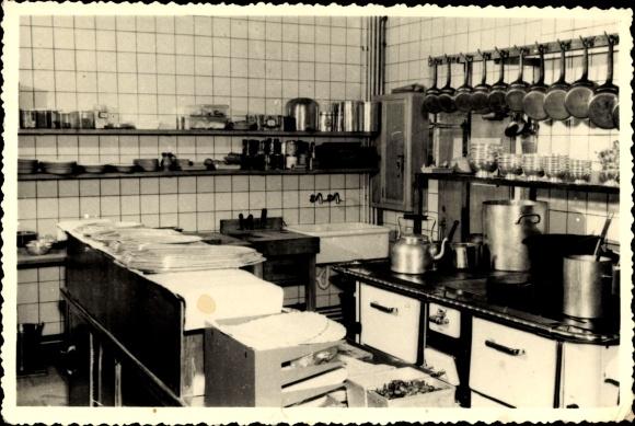 Ak Bruxelles Brüssel, Restaurant L'Huitriere, Innenansicht der Küche