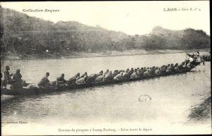 Ak Luang Prabang Laos, Courses de pirogues, Salut avant le depart, Langboot, Kanu