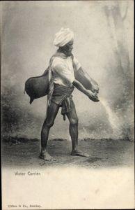 Ak Indien, Water Carrier, Wasserträger mit Wasserbehältern