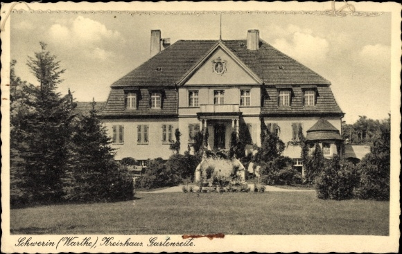 Ak Skwierzyna Schwerin Warthe Ostbrandenburg, Kreishaus von der Gartenseite