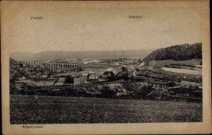 Ak Altenbeken in Nordrhein-Westfalen, Blick auf den Bahnhof und das Viadukt