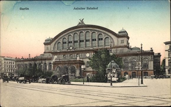 Ak Berlin Kreuzberg, Partie am Anhalter Bahnhof, Straßenseite