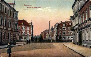 Ak Erlangen in Mittelfranken Bayern, Partie am Kaiser Wilhelm Platz, Kriegerdenkmal, Mädchen