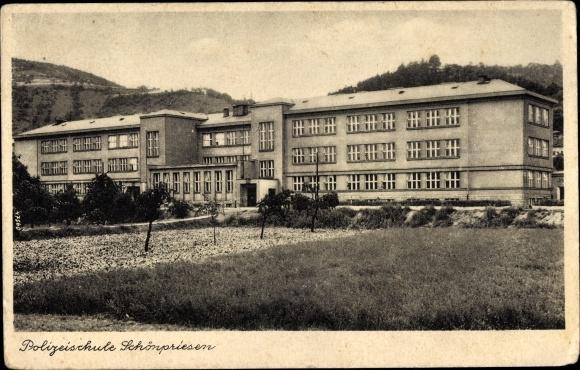 Ak Schönpriesen Ústí nad Labem Reg. Aussig, Polizeischule