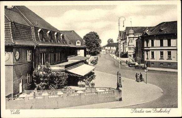 Ak Celle In Niedersachsen Partie Am Bahnhof Straßenansicht
