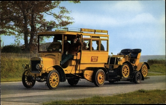 Ak 1909 Commer 22 h.p. 10 seater private Omnibus towing 1902 Benz 16 h.p. 2 seater, Hotel Bus, Auto