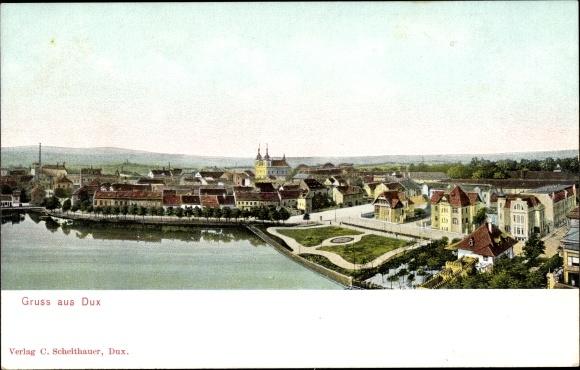 Ak Duchcov Dux Region Aussig, Panoramaansicht der Ortschaft, Kirche