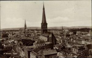 Ak Wesel am Niederrhein, Totalansicht von der Stadt über den Häuserdächern
