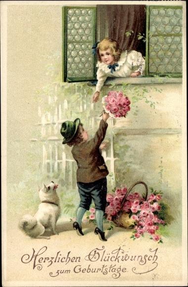 Präge Ak Glückwunsch Geburtstag, Kinder am Fenster, Blumenstrauß, Hund