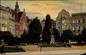 Ak Lübeck in Schleswig Holstein, Partie am Geibel Denkmal
