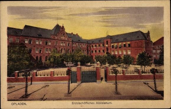 Ak Opladen Leverkusen in Nordrhein Westfalen, Erzbischöfliches Aloisianum, Hofansicht
