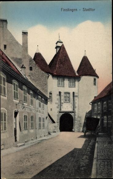 Ak Fénétrange Finstingen Moselle, Das Stadttor, Wirtschaft von Emil Gogelein