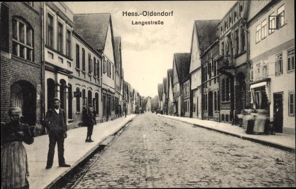 Ak Hessisch Oldendorf an der Weser, Langestraße, Straßenpartie, Anwohner