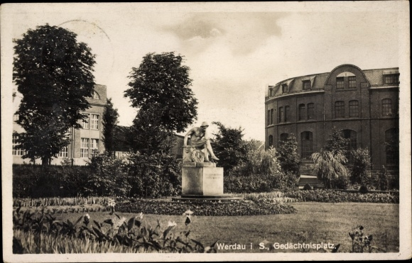 Ak Werdau an der Pleiße in Sachsen, Gedächtnisplatz, Kriegerdenkmal