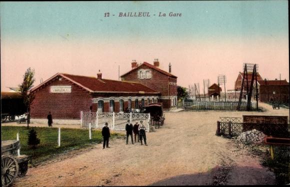 Ak Bailleul Nord, La Gare, Blick von der Straße auf den Bahnhof