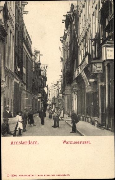Ak Amsterdam Nordholland Niederlande, Warmoesstraat, De Metropol, Zur feschen Wienerin, Anwohner