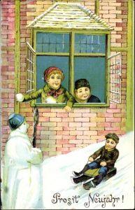 Präge Ak Glückwunsch Neujahr, Kinder, Schneemann, Schneeballschlacht, Schlittenfahrt