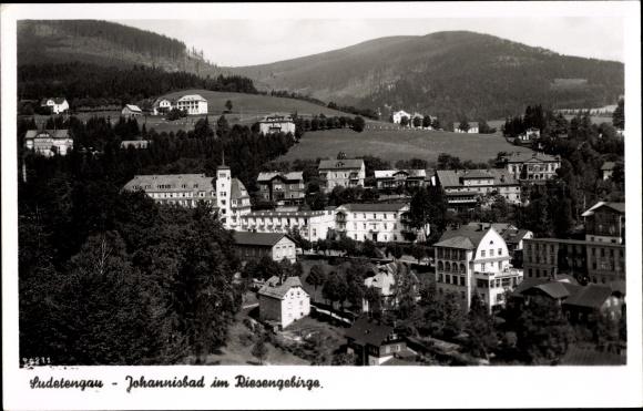 Ak Janské Lázně Johannisbad Reg. Königgrätz, Teilansicht von der Stadt