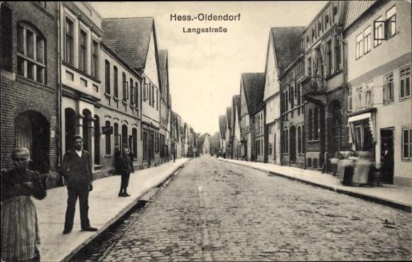 Ak Hessisch Oldendorf an der Weser, Langestraße, Straßenpartie, Passanten