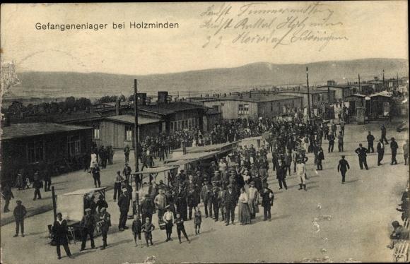 Ak Holzminden in Niedersachsen, Blick in die Gefangenenlager, Kriegsgefangene