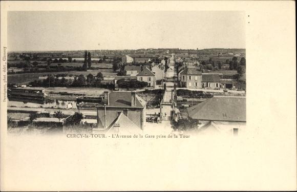 Ak Cercy la Tour Nièvre, L'Avenue de la Gare prise de la Tour