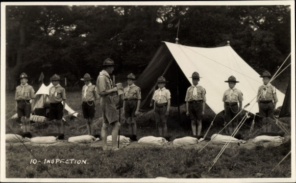 Foto Ak Inspection, Pfadfinder vor ihrem Zelt, Inspektion der Knappsäcke