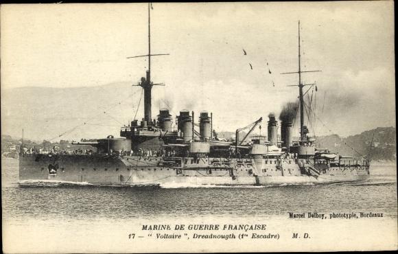 Ak Französisches Kriegsschiff, Voltaire, Dreadnought, 1re Escadre, Marine de Guerre Fraincaise