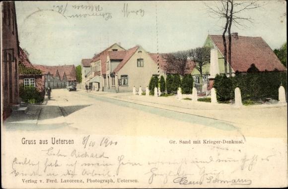 Ak Uetersen in Schleswig Holstein, Gr. Sand mit Kriegerdenkmal