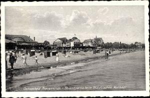 Ak Travemünde Lübeck Schleswig Holstein, Strandpartie beim städtischen Kursaal