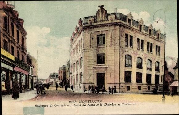 Ak Montlucon Allier, Boulevard de Courtais, l'Hotel des Postes et la Chambre de Commerce