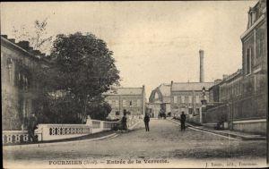 Ak Fourmies Trieux Nord, Entrée de la Verrerie, Straßenpartie, Eingang zur Fabrik