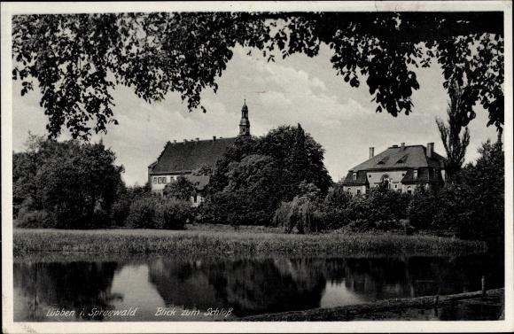 Ak Lübben im Spreewald, Schloss vom Wasser aus gesehen