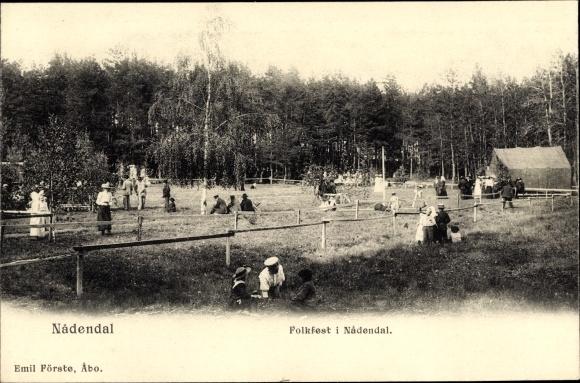 Ak Nådendal Finnland, Folkfest, Volksfest im Park