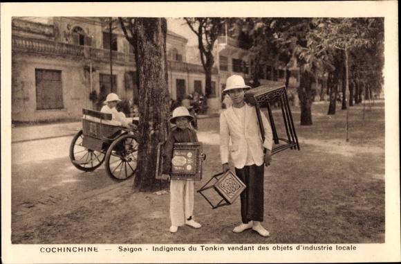 Ak Saigon Cochinchine Vietnam, Indigenes du Tonkin vendant des Objets d'Industrie locale