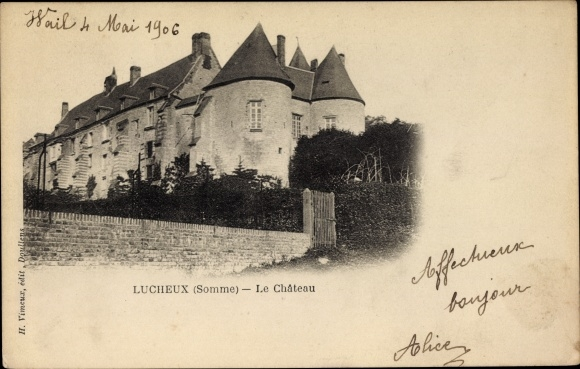 Ak Lucheux Somme, Le Chateau, Blick auf das Schloss, Mauer, Fassade