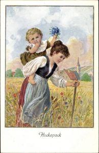 Künstler Ak Huckepack, Mädchen trägt kleines Kind auf dem Rücken durch ein Feld