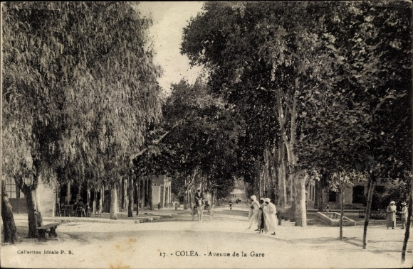 Ak Colea Kolea Algerien, Avenue de la Gare, Straße, Passanten
