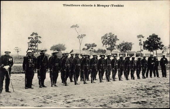 Ak Tonkin Vietnam, Tirailleurs Chinois a Moncay