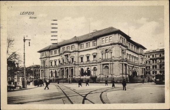 Ak Leipzig in Sachsen, Blick auf die Börse, Stadtansicht, Straßenpartie