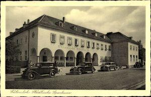 Ak Gütersloh in Westfalen, Städtische Sparkasse, Straßenansicht, Autos