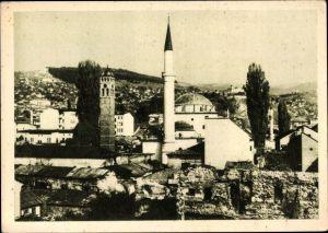 Ak Sarajevo Bosnien Herzegowina, Moschee mit Minarett, Blick über die Dächer der Stadt