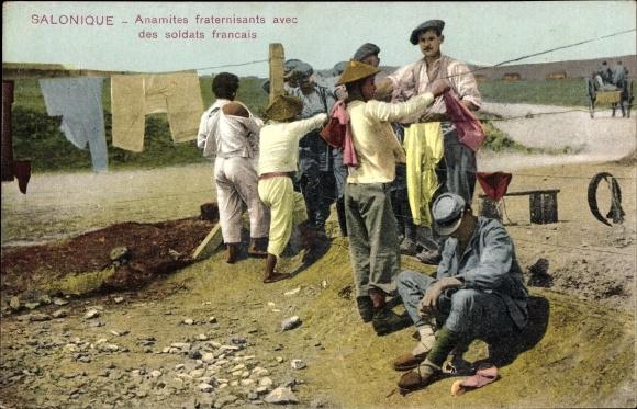 Ak Thessaloniki Griechenland, Anamites fraternisants avec des soldats français