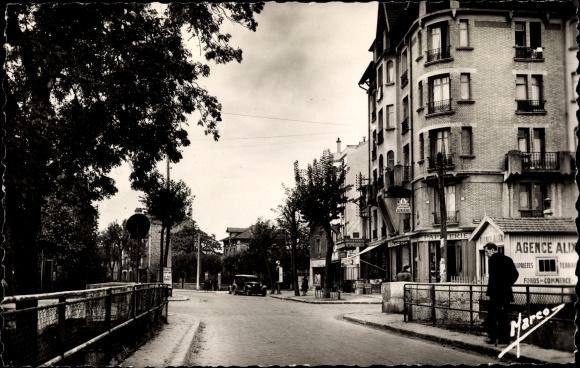 Ak Sevran Livry Seine Saint Denis, Avenue de Livry Sevran, Straßenpartie