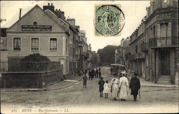 Ak Mers les Bains Somme, Rue Nationale, Straßenpartie im Ort, Vins et Spiritueux Duponcel Lebeuf