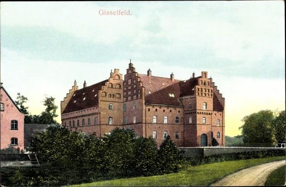 Ak Dänemark, Gisselfeld, Blick auf ein Herrenhaus, Gartenanlage