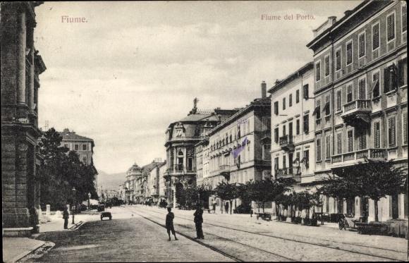 Ak Rijeka Fiume Kroatien, Fiume del Porto, Straßenpartie