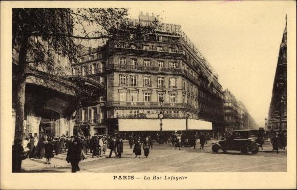 Ak Paris, La Rue Lafayette, Galeries Lafayette, Geschäftshaus, Passanten, Auto 0