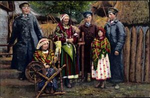 Ak Typy Polskie, Volkstypen aus Polen in Landestrachten, Mädchen am Spinnrad